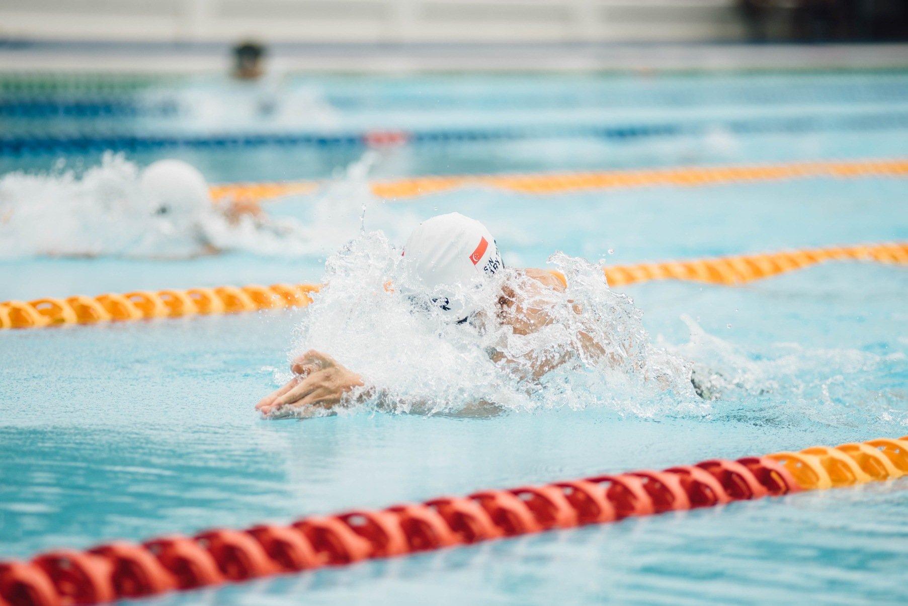 Любите плавать? Примите участие в лучшем старте Украины!