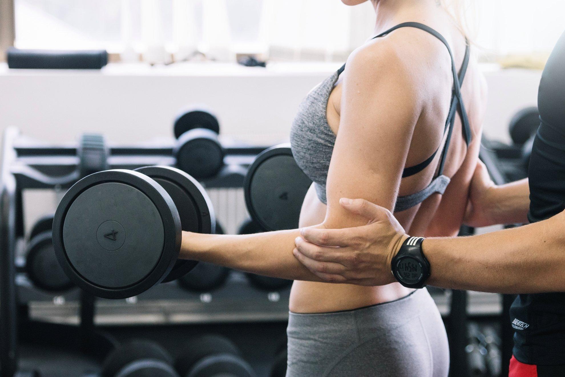 Секс с фитнес-тренером. Зачем оно вам надо?
