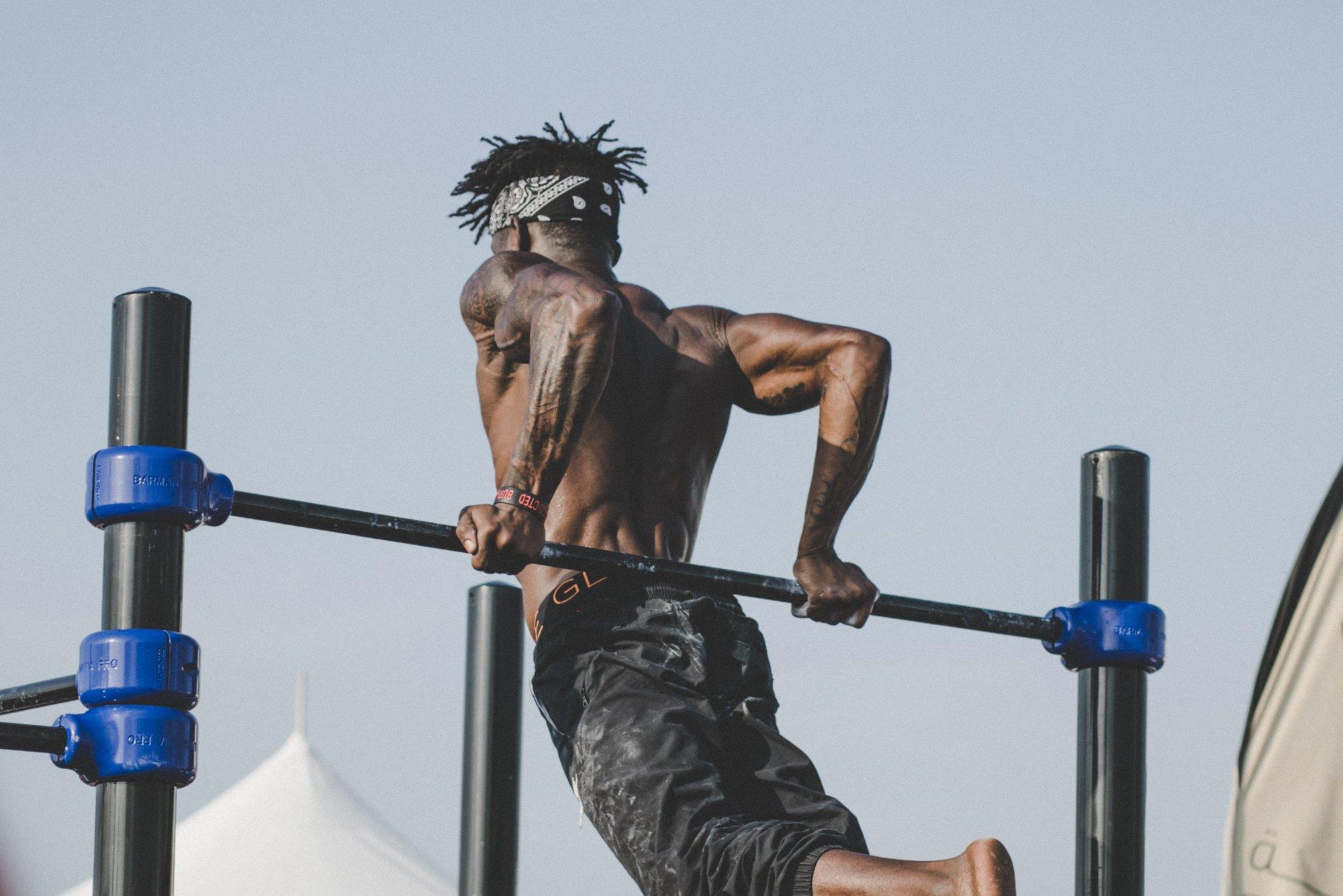 Не только ради здоровья и подтянутого тела: 8 небанальных причин начать заниматься спортом