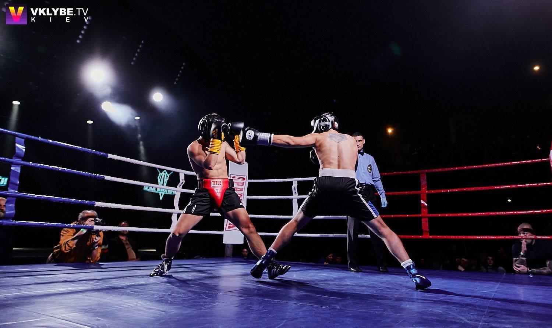 Бокс Белых Воротничков: на ринг выходят банкиры, юристы и бизнесмены