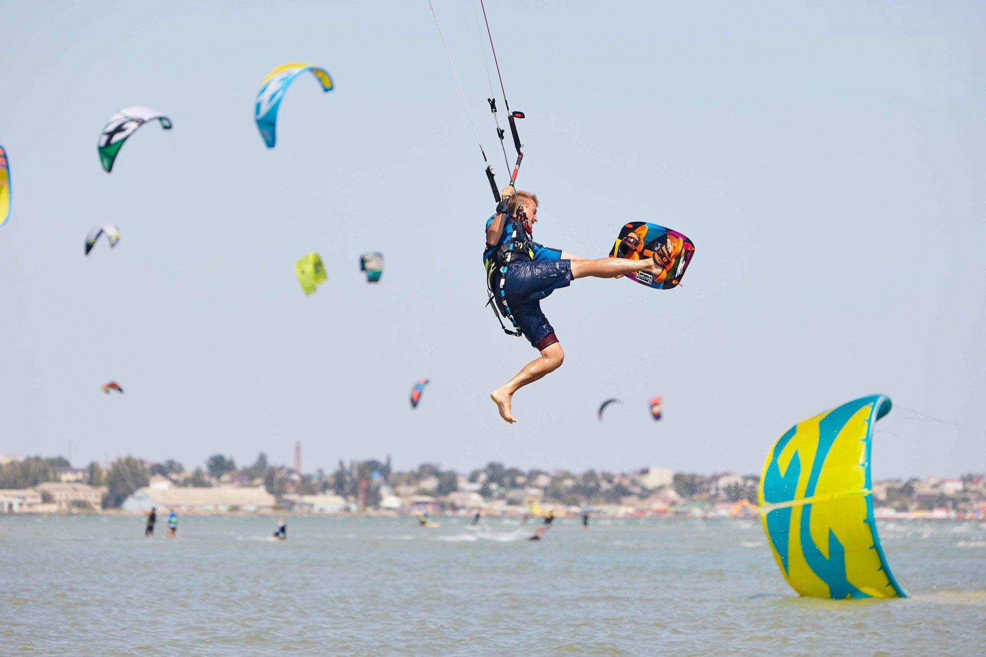 Кайтсерфінг в Україні: підкорюємо море і вітер