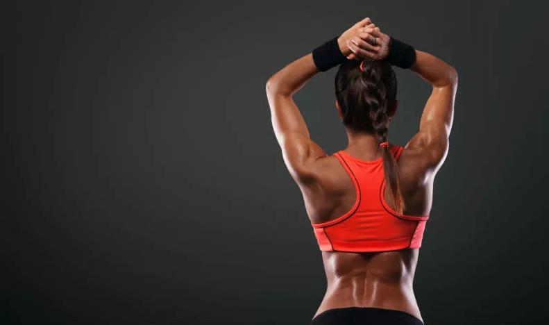 Болі у спині при заняттях спортом: причини та рекомендації з їх усунення