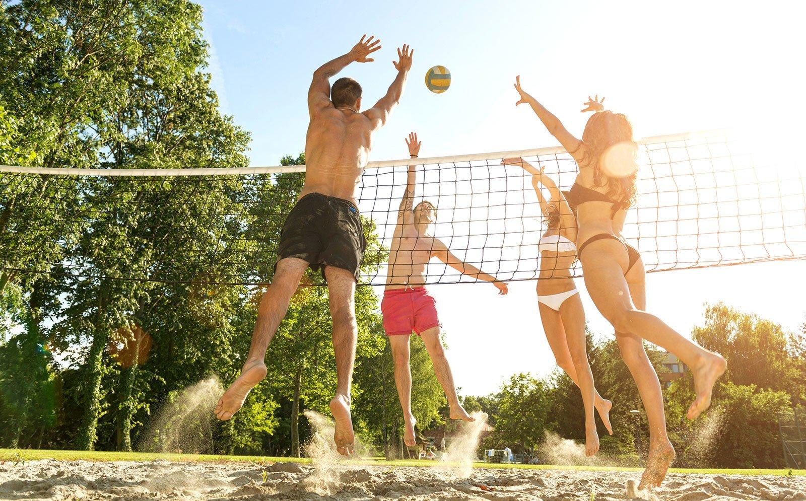 Пляжный волейбол: что это, правила и различия с традиционным