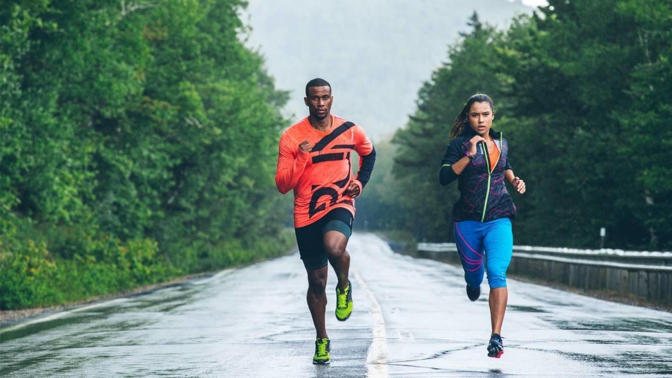 Як бігати під дощем: 4 поради