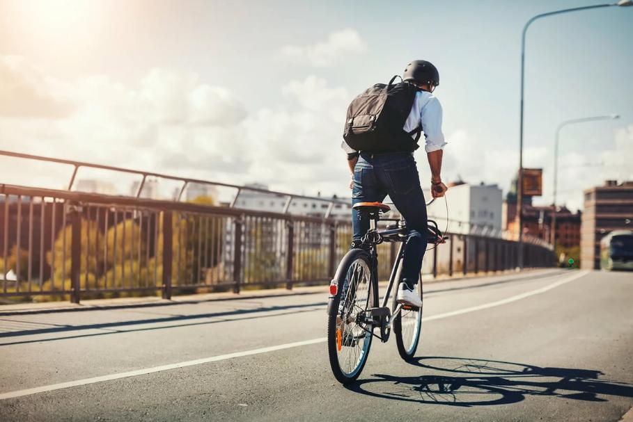 Як подолати довгу дистанцію на велосипеді: головні поради