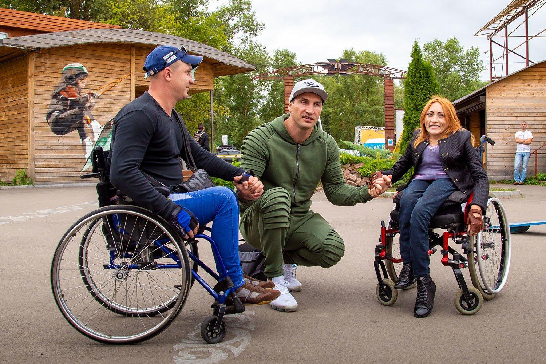 Володимир Кличко підтримав інклюзивний спорт: відео