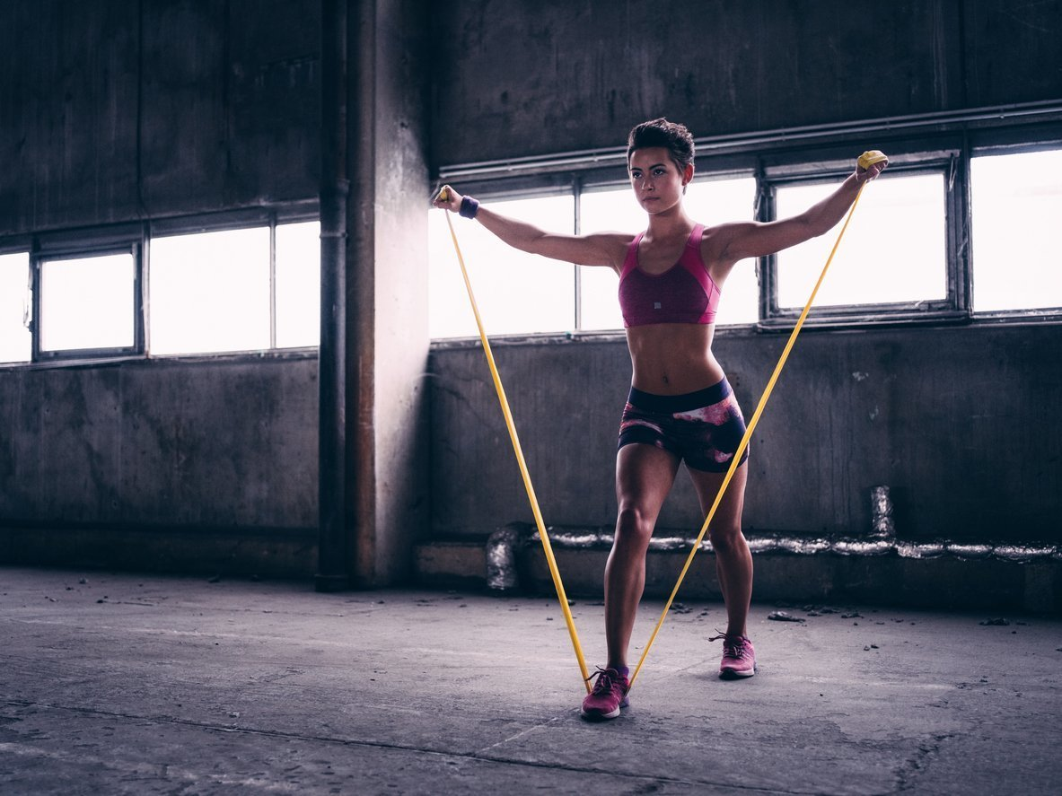 Ефективні вправи з фітнес-резинками на різні групи м'язів