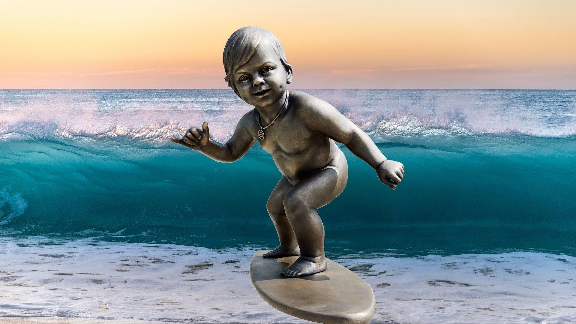 Спортивный арт объект Киева – Малыш серфер.