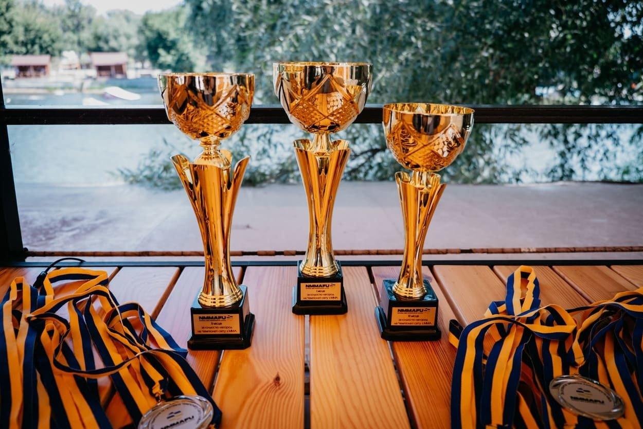 Збірна України найкраща: у столиці привітали переможців Чемпіонату Світу з ММА