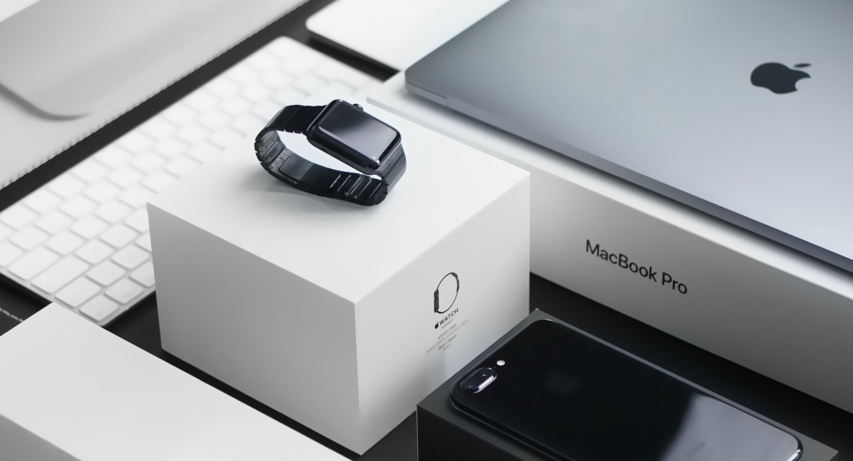 Позитивные характеристики элитных умных часов Apple Watch 7