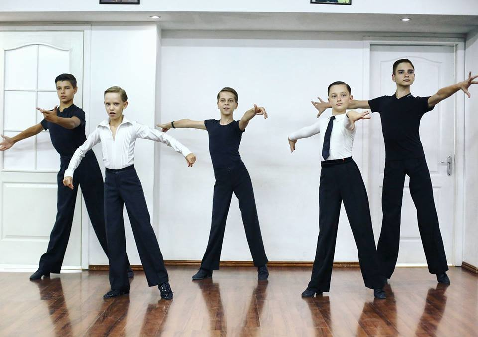 Диамант москва танцевальный клуб ночной клуб санкт петербург официальный